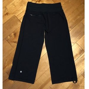 Lululemon Crop Jogger/Flare Dance Leggings Size 6